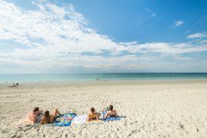 Une séance de farniente sur la plage de Cleut Rouz