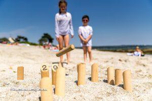 Jeux de plage sur le Cap-Coz Fouesnant