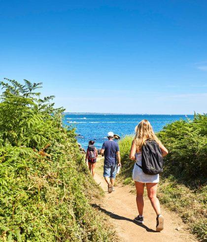 Randonner face à la mer sur les 14km du GR34  entre Mousterlin et le Cap-Coz