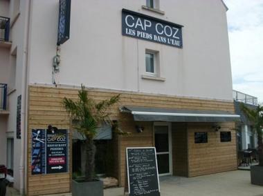 CAP COZ – Les Pieds dans L'Eau